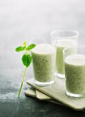 Mint and lemon balm smoothies