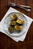 Courgette rolls filled with minced meat