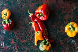 Colourful bell peppers and pointed peppers