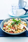 Pasta salad with tuna, vegetables and egg