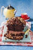 Crispy chocolate cake with chocolate sauce