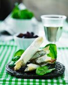 Filo pastry rolls filled with spinach and feta cheese
