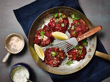 Beetroot and courgettes fritters with tzatziki