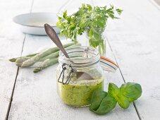 Asparagus pesto with basil and parsley