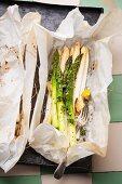 Asparagus in parchment paper