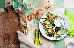 Asparagus salad with a dip