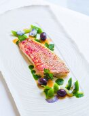 Red mullet with young leek, parsley jus and olives from the restaurant L'Amphitryon in Lorient, Brittany, France