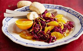 Red cabbage and orange salad