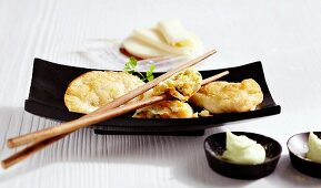 Fried dumplings with prawn fillings (Japan)