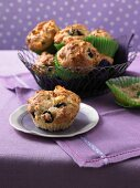 Spicy feta and olive muffins