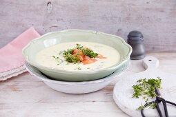 Quick potato soup with smoked salmon and cress