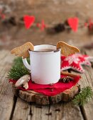 Angel's wings sables on an enamel mug (Christmas)