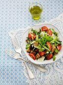 Bread salad with tomatoes and cheese