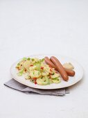 Kartoffelsalat und Würstchen