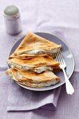 Cinnamon pancakes with quark and chocolate