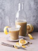Mulberry and apple smoothie with ginger and cardamom