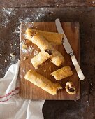 Puff pastry sausage rolls (Spanish style)