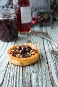 Nut sloe pastry