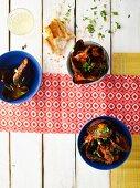 Muscheln in scharfer Tomatensauce