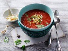 Tandoori pepper soup with moringa powder