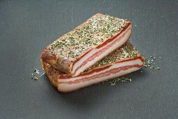 Bacon with herbs and salt