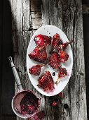 Grilled chicken bits with a wild berry marinade