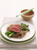 Tuna with Soba Noodles & Asparagus (Diabetes)