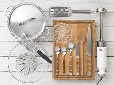 Kitchen utensils for making bean soup with quark dumplings