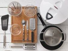 Küchenutensilien für Fischzubereitung