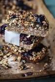 Oatmeal bars with blueberries and pumpkin seeds (Superfood)