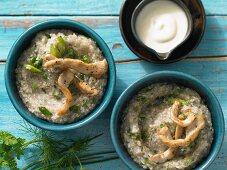 Buckwheat and herb porridge with turkey strips and yoghurt