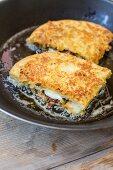 Mozzarella In Carrozza in Pfanne ausbacken