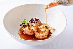 Norwegian salmon with tea sauce