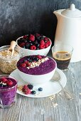 A healthy smoothie bowl with berries and oats