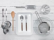 Kitchen utensils for desserts