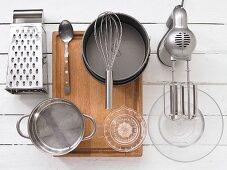 Kitchen utensils for making a charlotte