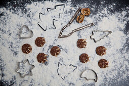 Chocolate 'bear claw' biscuits with slivered almonds