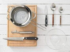 Kitchen utensils for making an asparagus salad