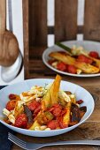 Braised fennel with tomatoes and pasta