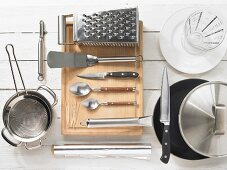 Kitchen utensils for making meat roulades