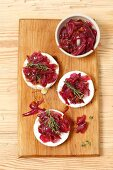 Baked camembert with caramelized red onion and apricot jam