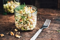 White bean salad with leak, spring onions, apples, dill and walnut, vegan