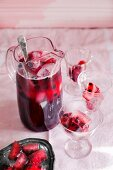 Blackcurrant and ginger ale iced tea