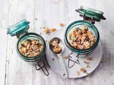 Quick and easy crunchy muesli