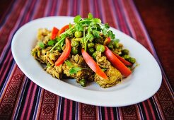 Fried chicken with vegetables (India)