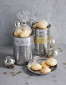 Orange blossom biscuits with ginger