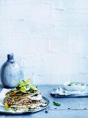 Quesadillas mit Zucchini, Ricotta und Feta