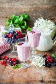 Berry milk smoothie