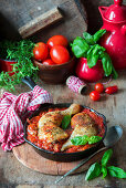 Chicken legs in tomato sauce