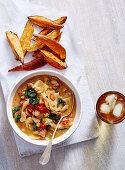 Bohnen-Eintopf mit Weisskohl und Chorizo